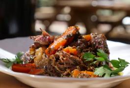 ראש השנה בטעם ישראלי: נתח בשר חגיגי ברכז רימונים